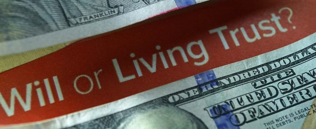 difference between will-based and trust-based estate plan